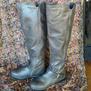 Over the knee boots Sz 8.5